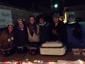 4-H kids selling food in Watford City, ND